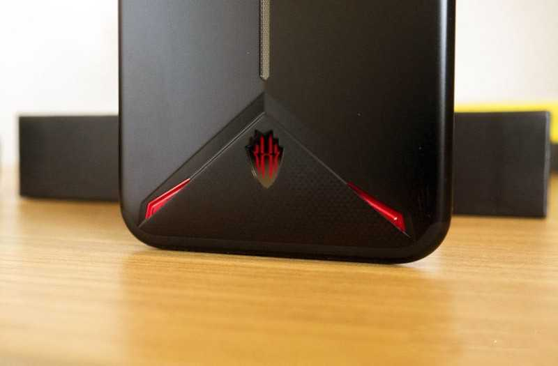 Nubia Red Magic 3 снизу