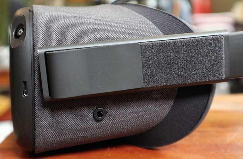 Oculus Quest шлем