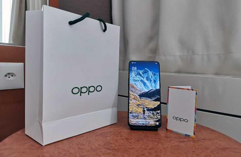 Oppo Reno 10x Zoom из коробки