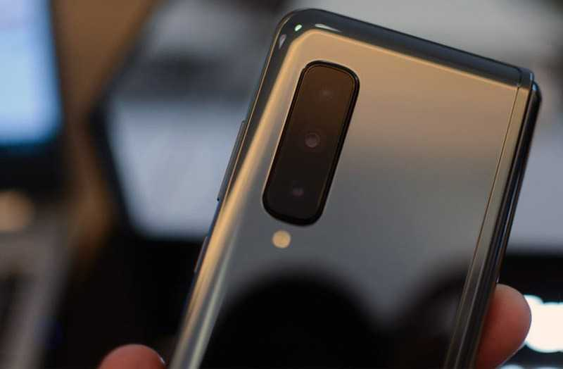 Samsung Galaxy Fold отзывы