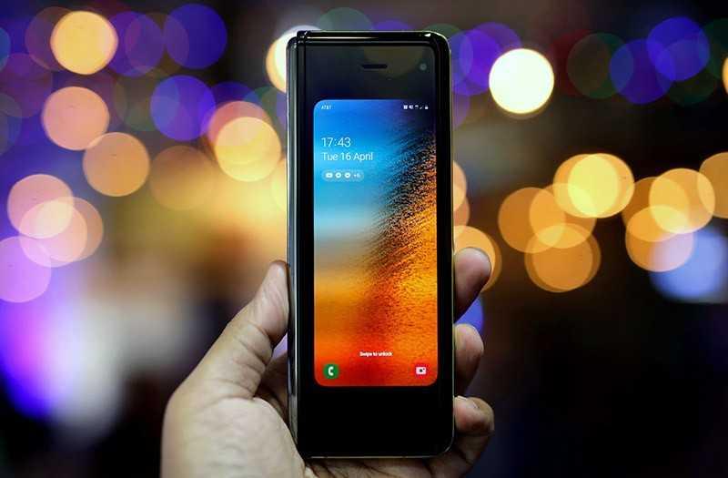 Samsung Galaxy Fold дисплей