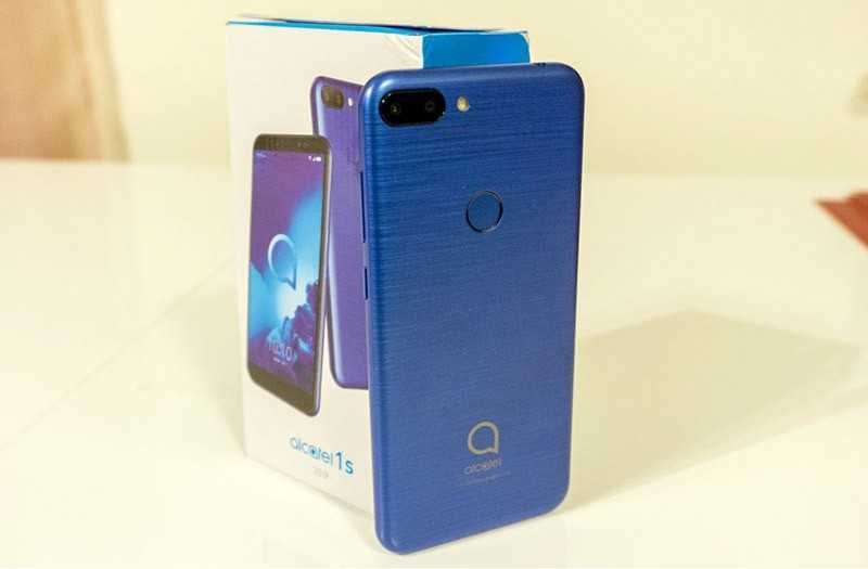 Alcatel 1S дизайн