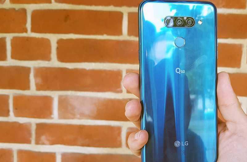 LG Q60 обзор