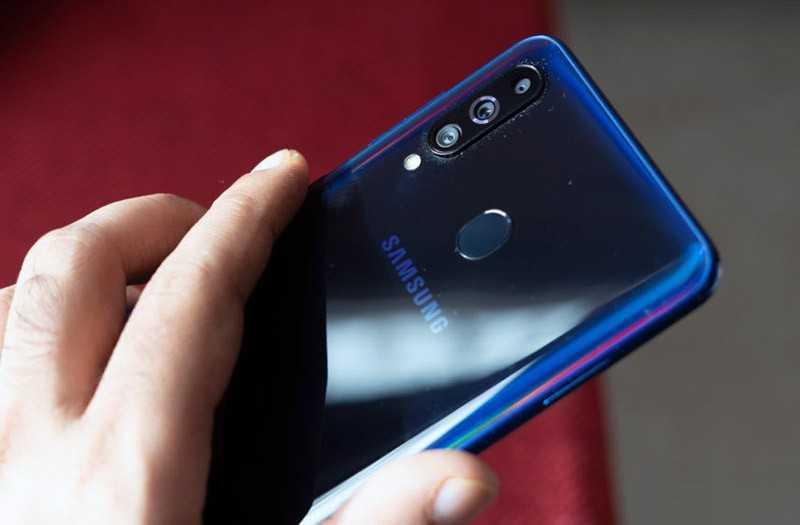 Samsung Galaxy M40 отзывы