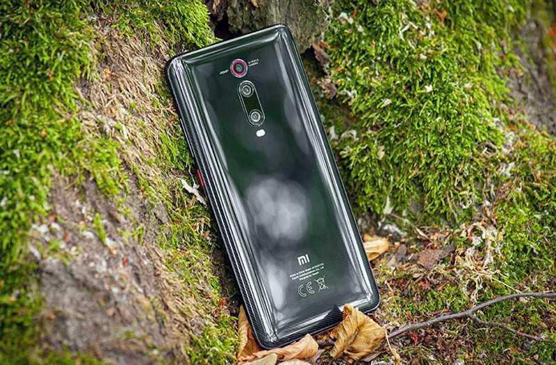 Xiaomi Mi 9T сзади