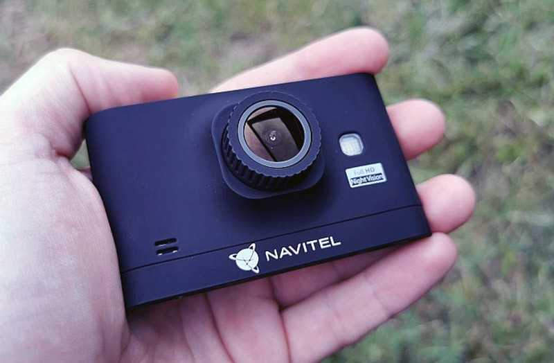 Navitel R400 Night Vision размер