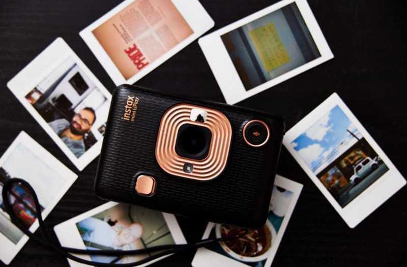 Что особенного в Fujifilm Instax Mini LiPlay?