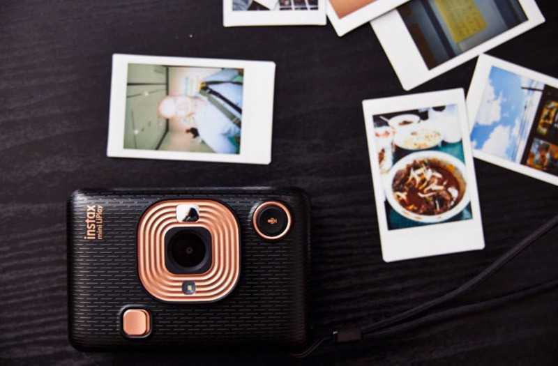 Fujifilm Instax Mini LiPlay обзор