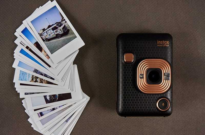 Fujifilm Instax Mini LiPlay на практике