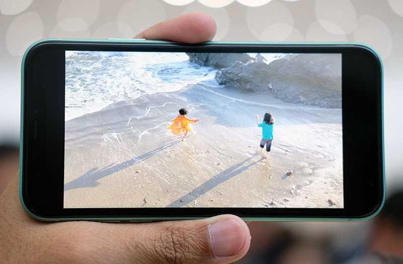 iPhone 11 дисплей