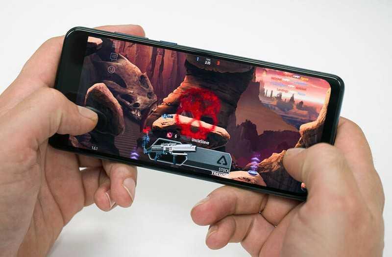 Motorola One Action игры