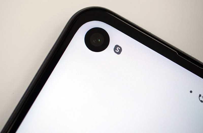 Motorola One Action передняя камера