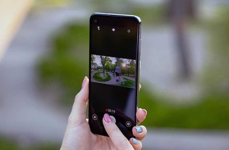 Motorola One Action фотографии
