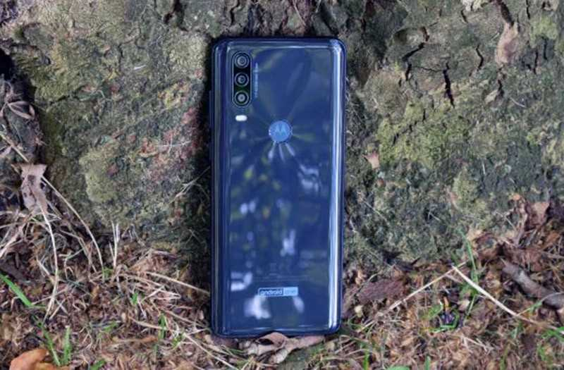 Motorola One Action обзор