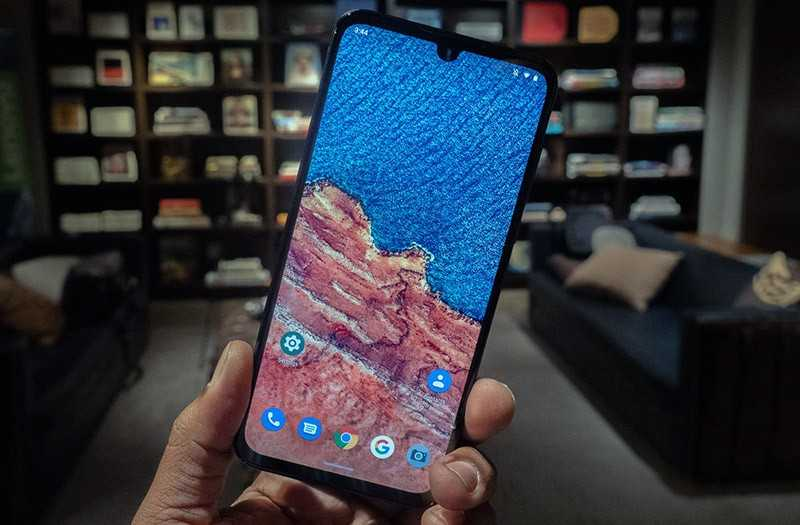 Motorola One Zoom экран