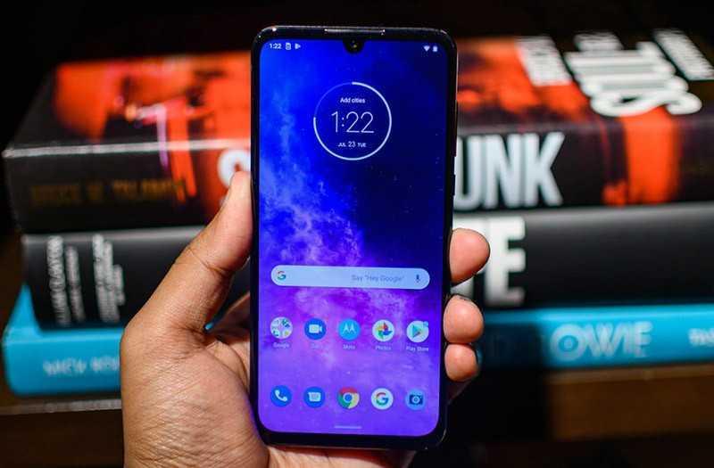 Motorola One Zoom ПО