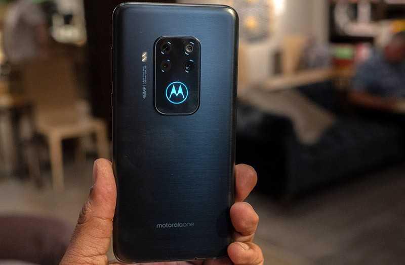 Motorola One Zoom внешний вид