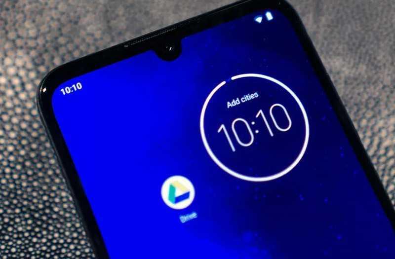 Motorola One Zoom дисплей
