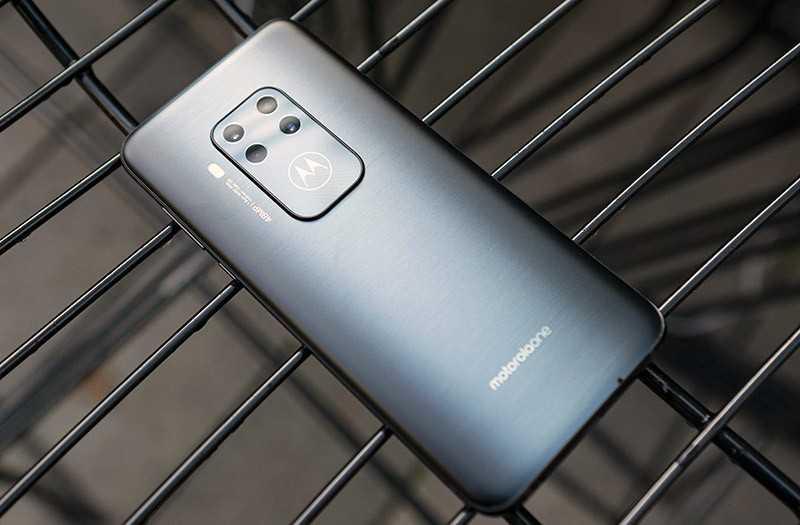 Motorola One Zoom автономность