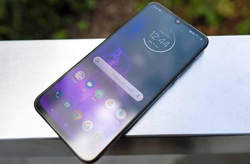 Обзор Motorola One Zoom: телефон с 4-камерами — Отзывы TehnObzor