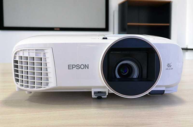 Обзор Epson EH-TW5650