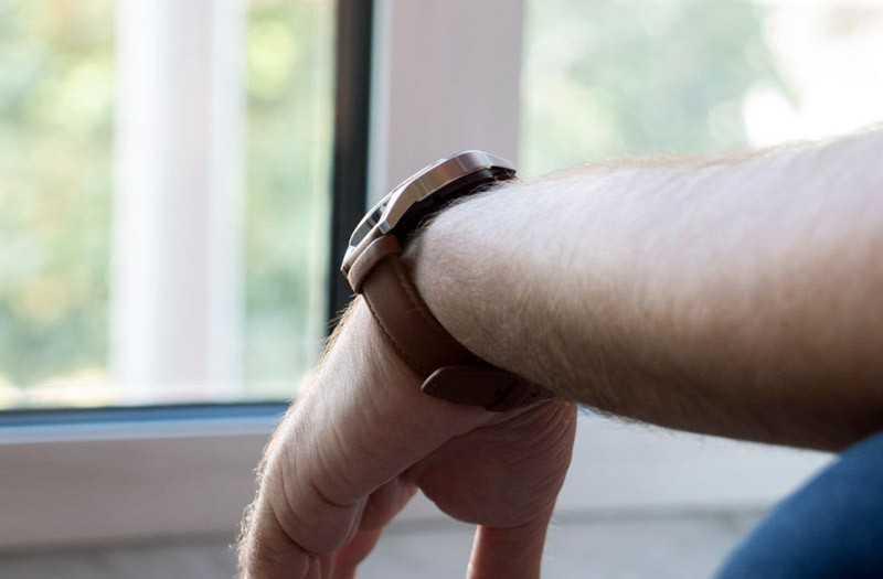Huawei Watch GT 2 на руке