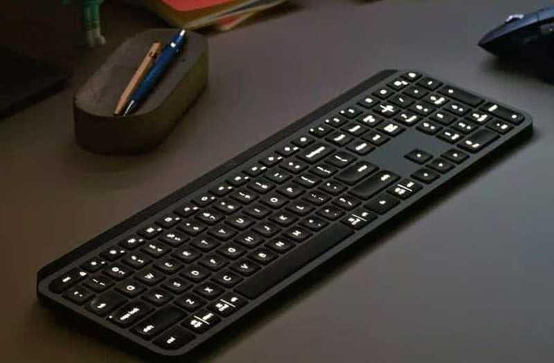 Logitech MX Keys подсветка