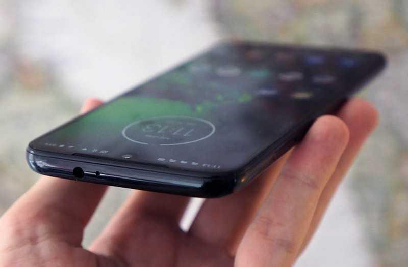 Moto G8 Plus звук