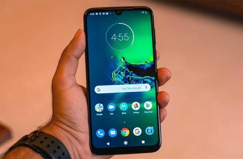 Moto G8 Plus экран