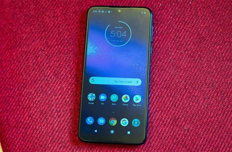 Обзор Motorola One Macro