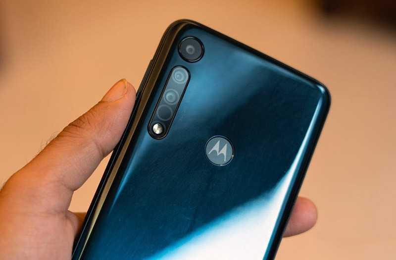 Камыры Motorola One Macro