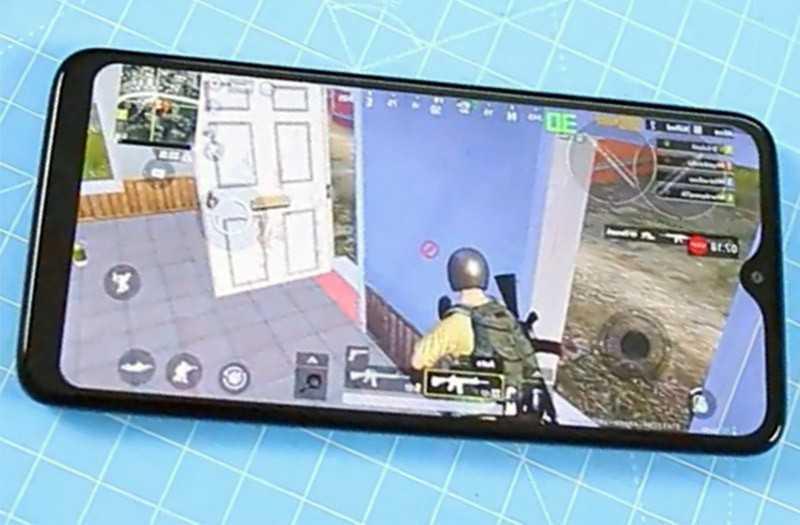 Motorola One Macro производительность