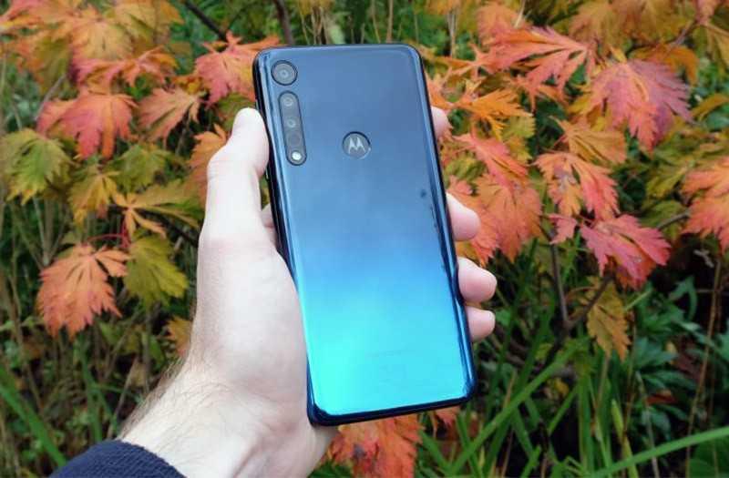 Motorola One Macro обзор