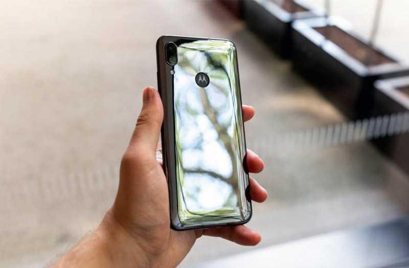 Камера Motorola E6 Plus