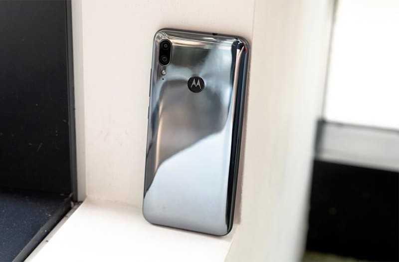 Motorola E6 Plus дизайн