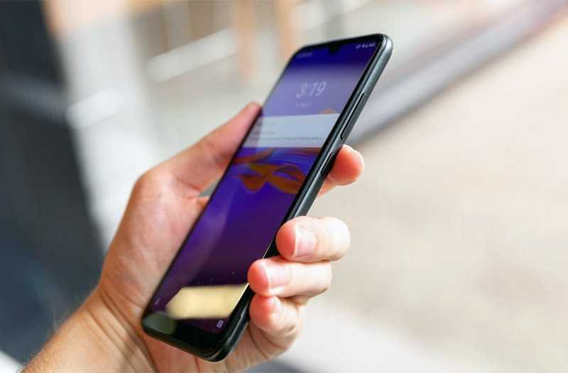 Motorola E6 Plus управление