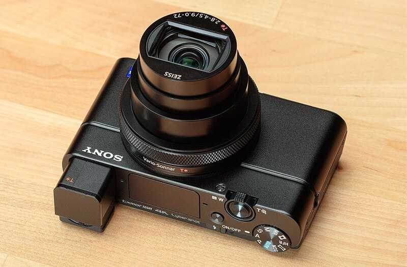 Sony RX100 VII камера