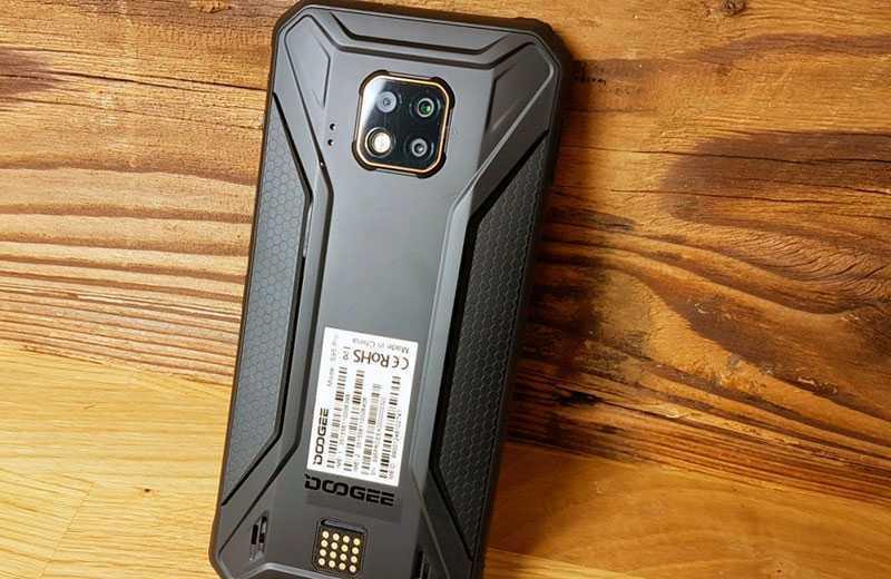 обзор Doogee S95 Pro