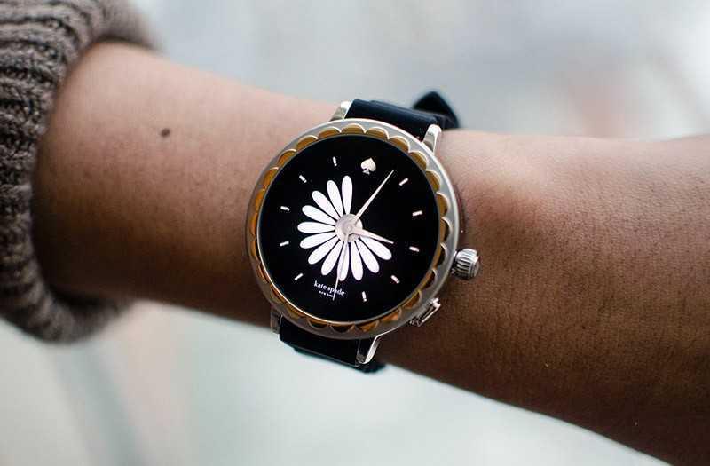 Kate Spade Scallop 2: лучшие умные часы для женщин