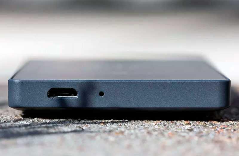 Light Phone 2 разъём зарядки