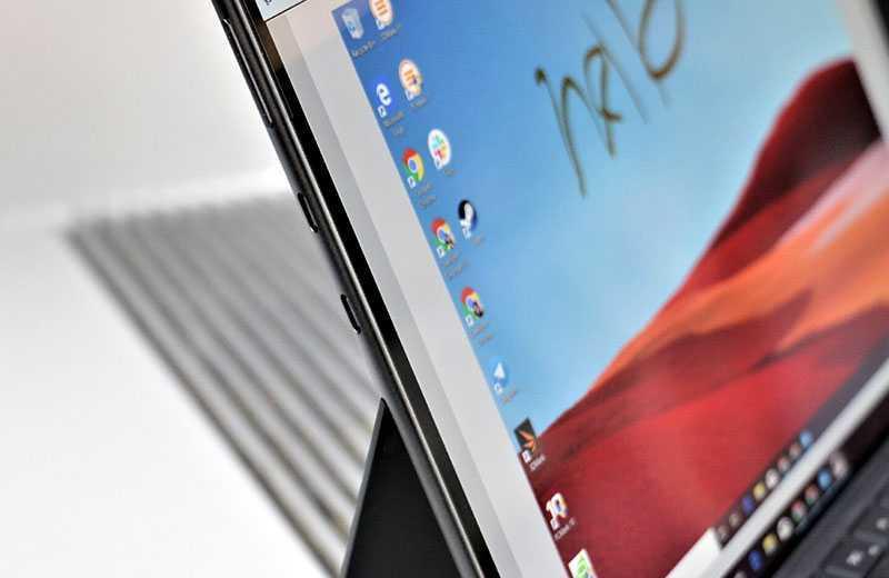 Microsoft Surface Pro X дисплей
