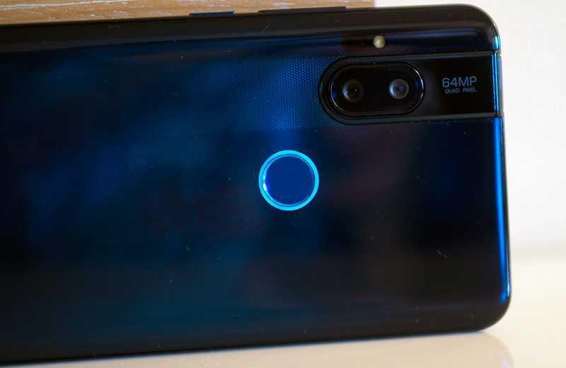 Камеры Motorola One Hyper