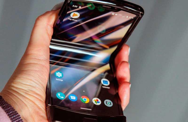 Motorola Razr 2019 раскладной дисплей