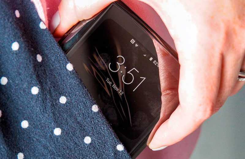 Motorola Razr 2019 обзор