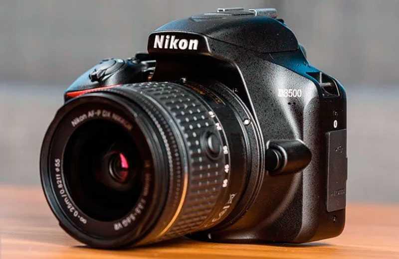 Общие характеристики Nikon D3500