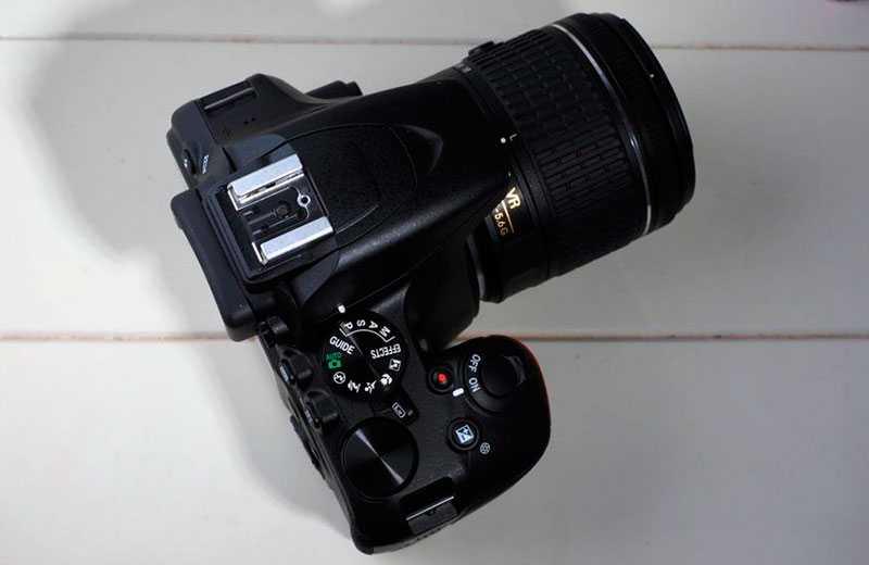 Nikon D3500 управление
