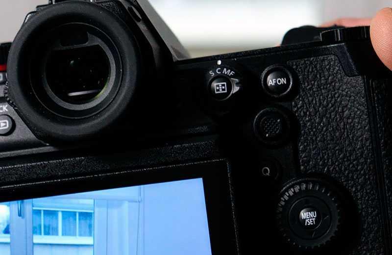 Panasonic S1H видоискатель