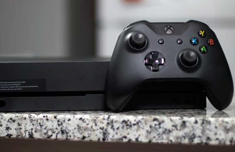 Xbox One X: лучшая игровая приставка к телевизору с 4K