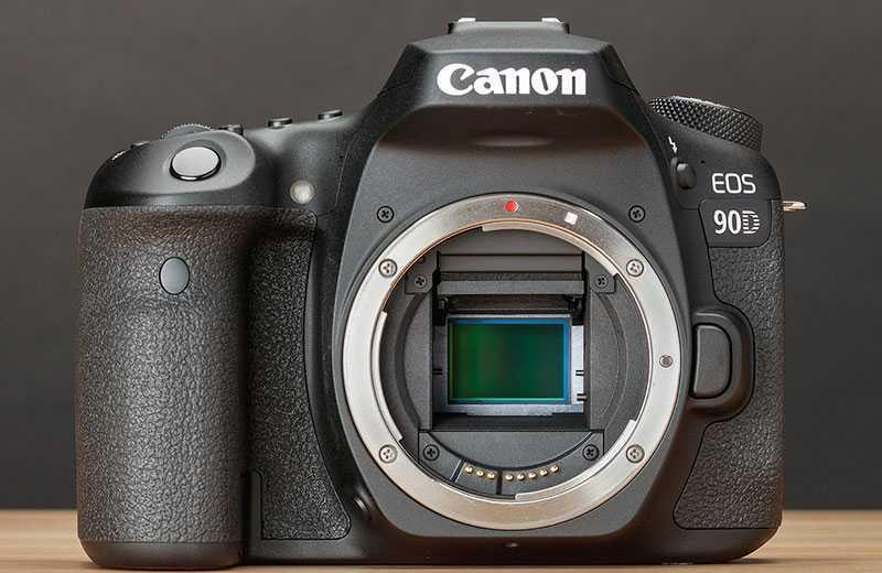 Фотоаппарат Canon EOS 90D