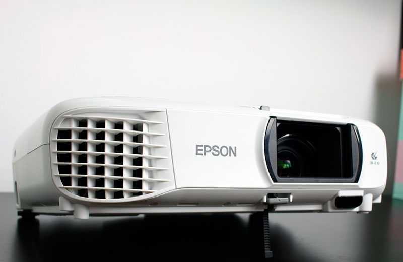 Обзор проектора Epson EH-TW650